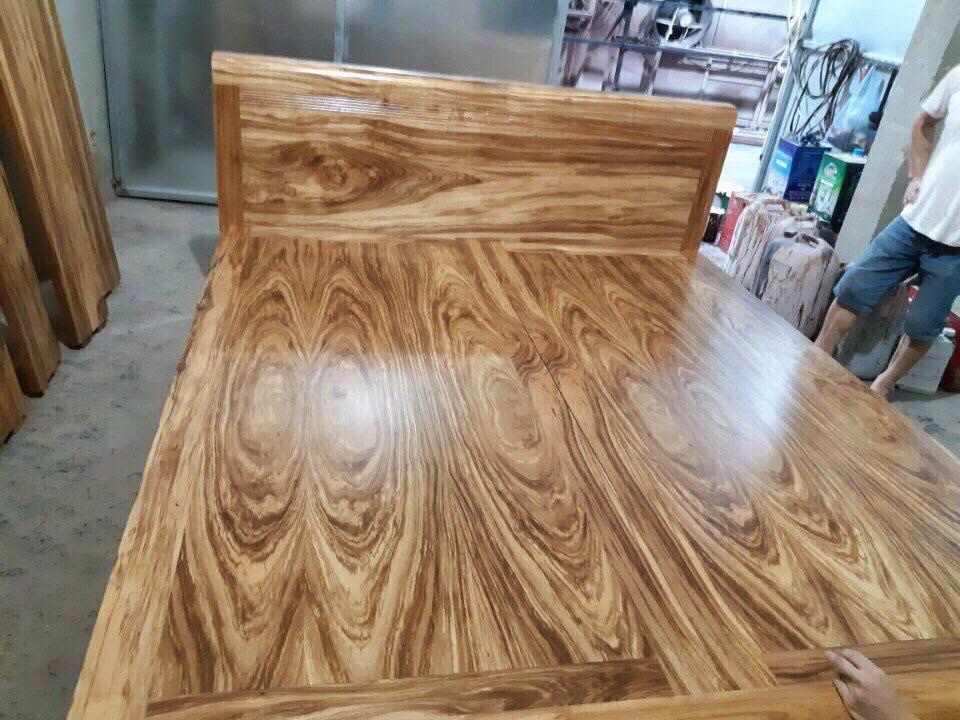 Bàn ghế gỗ hương xám